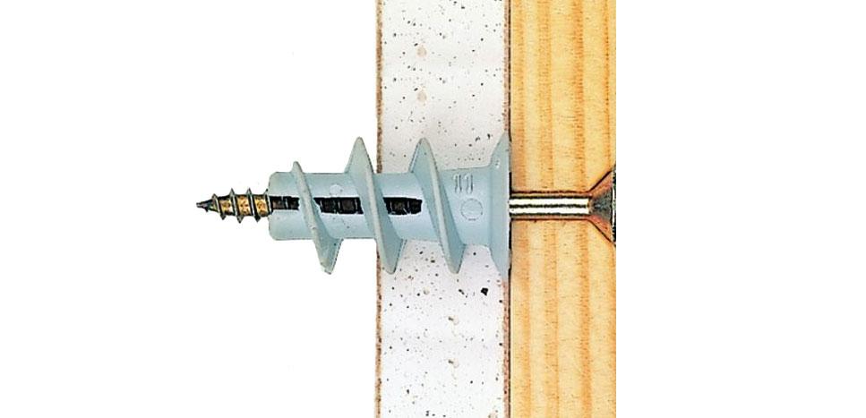 Пример крепления дюбелем дрива